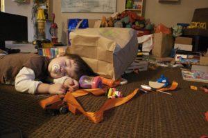ребенок целый день спит