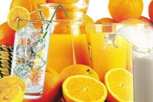 Какие напитки лучше пить в жару?