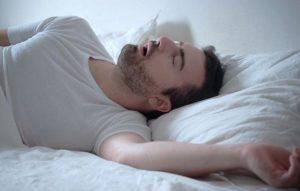стон во сне