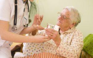 Методы лечения перевозбужденного состояния (ажитация) у пациентов, страдающих болезнью Альцгеймера