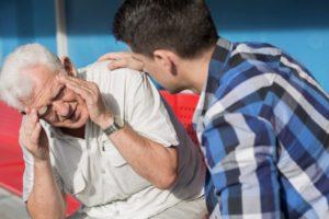 Неадекватное поведение после инсульта