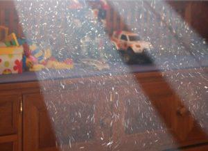 Вдохнул стеклянную пыль