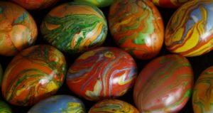 Красим яйца безопасно