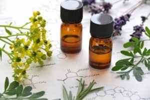 Лечение ушибов с помощью ароматерапии