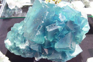 Calcarea fluorica - fluor spar. (Фтористый кальций)