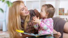 Когда няня присматривает за ребенком: что нужно знать родителям
