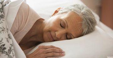 Преимущество сна у пожилых женщин